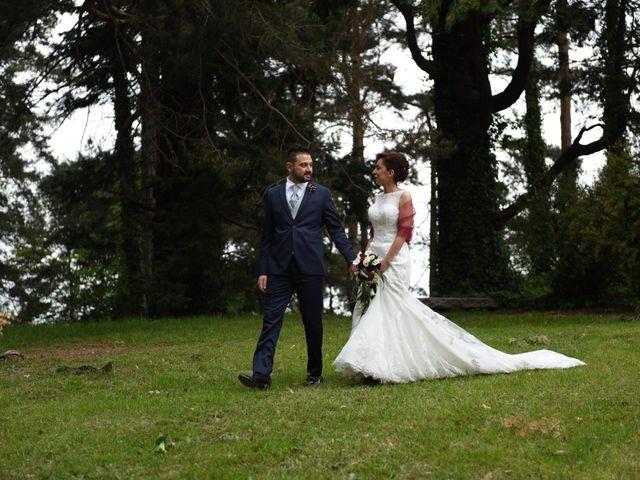 Il matrimonio di Massimiliano e Sara a Carnago, Varese 28