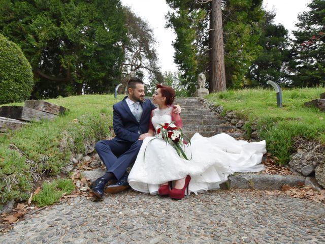 Il matrimonio di Massimiliano e Sara a Carnago, Varese 31