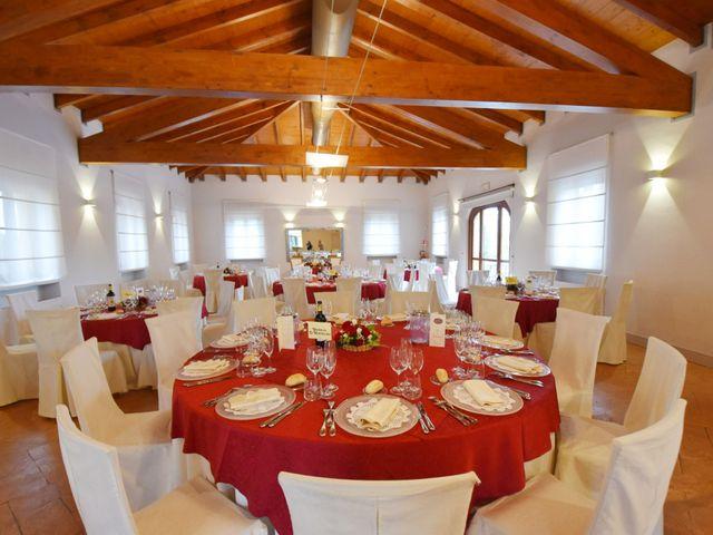 Il matrimonio di Massimiliano e Sara a Carnago, Varese 39