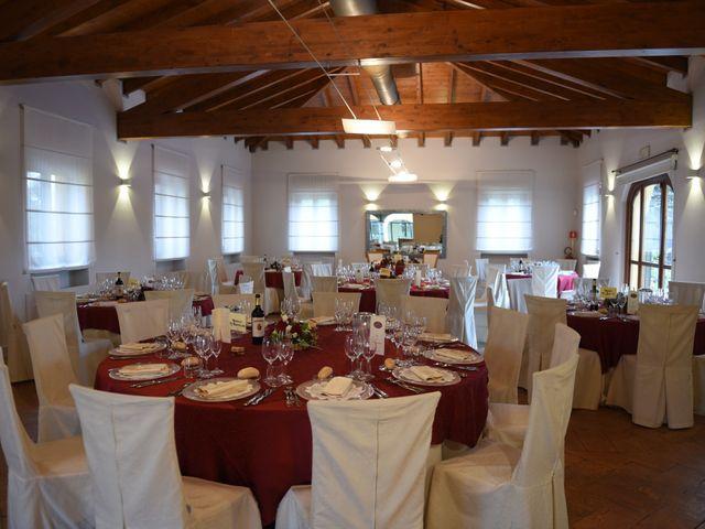 Il matrimonio di Massimiliano e Sara a Carnago, Varese 40