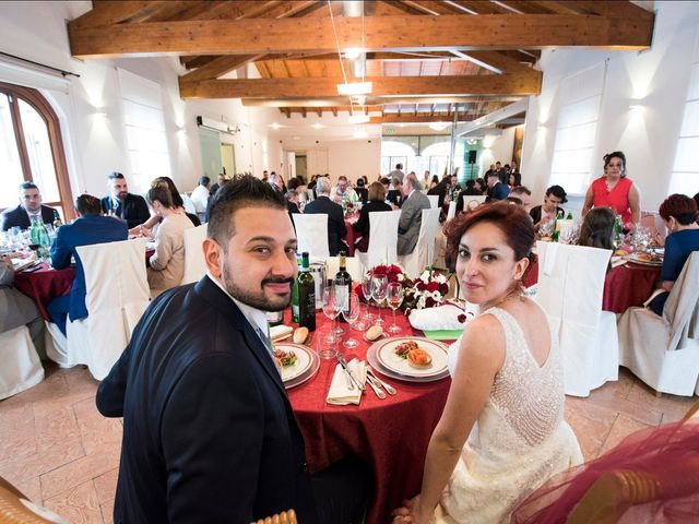 Il matrimonio di Massimiliano e Sara a Carnago, Varese 43