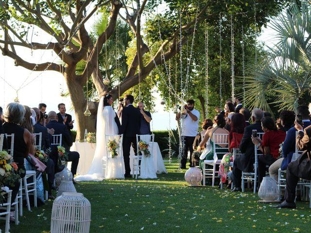 Il matrimonio di Luca  e Roberta  a Reggio di Calabria, Reggio Calabria 1