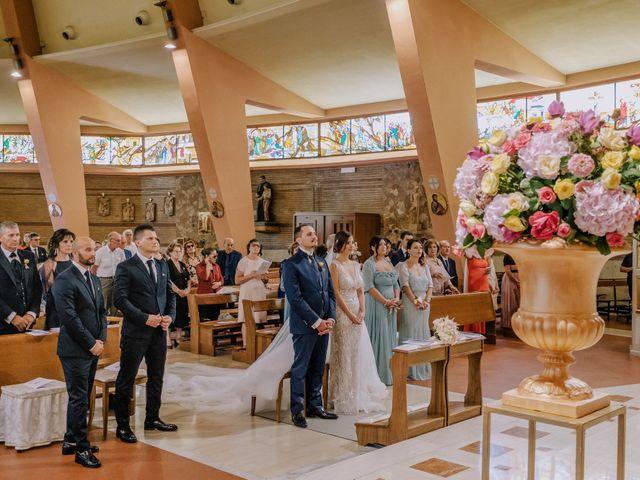 Il matrimonio di Giuseppe e Ester a San Giovanni Rotondo, Foggia 24