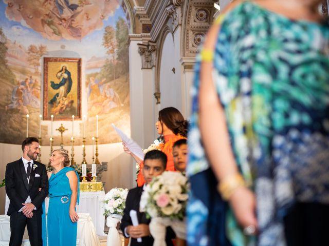 Il matrimonio di Lucia e Giuseppe a Cosenza, Cosenza 27