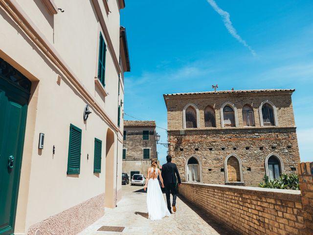Il matrimonio di Davide e Debora a Altidona, Fermo 43