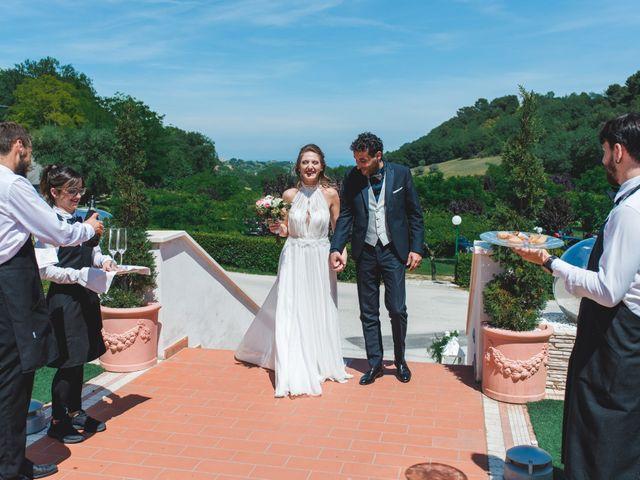 Il matrimonio di Davide e Debora a Altidona, Fermo 53