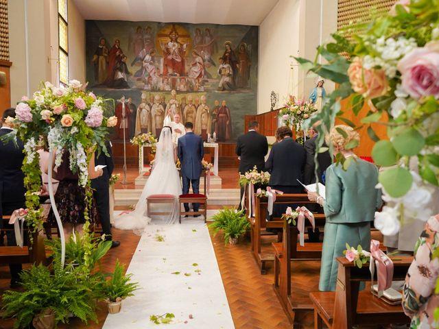 Il matrimonio di Tindaro e Elena a Vigevano, Pavia 20