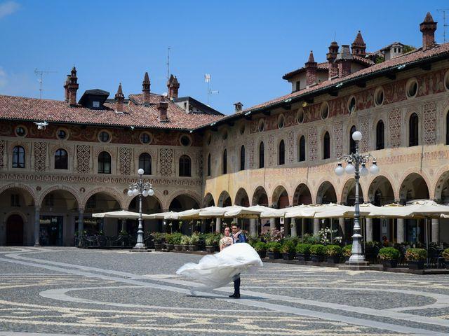 Il matrimonio di Tindaro e Elena a Vigevano, Pavia 27