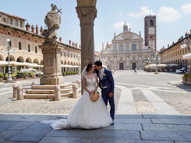 Il matrimonio di Tindaro e Elena a Vigevano, Pavia 32