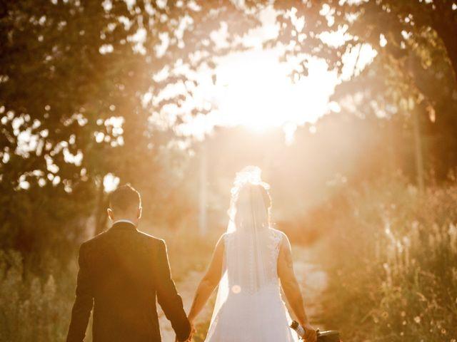 Il matrimonio di Alex e Jessica a Cellino Attanasio, Teramo 8