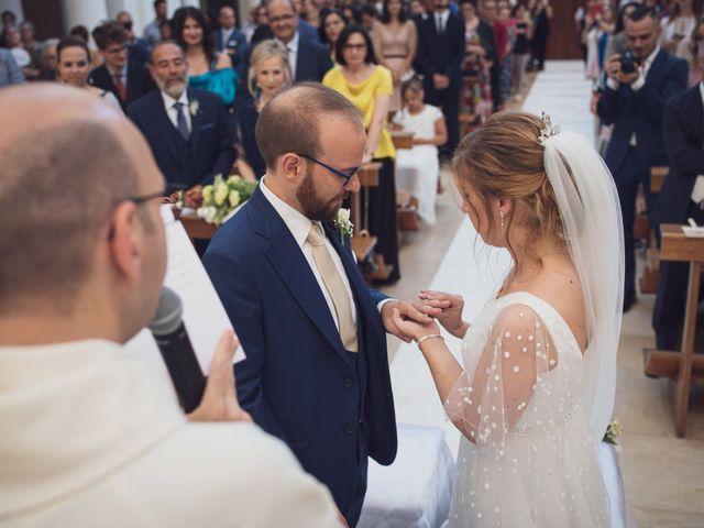 Il matrimonio di Michele Aurelio e Angelica a Castellana Grotte, Bari 8