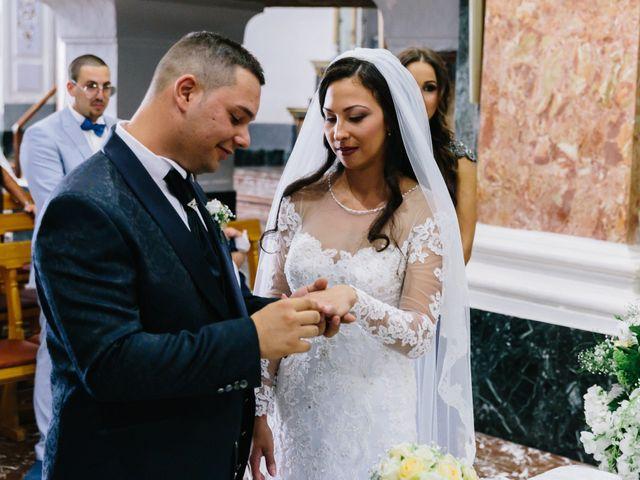 Il matrimonio di Lilo e Eleonora a Licata, Agrigento 13