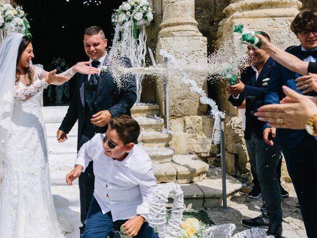 Il matrimonio di Lilo e Eleonora a Licata, Agrigento 15
