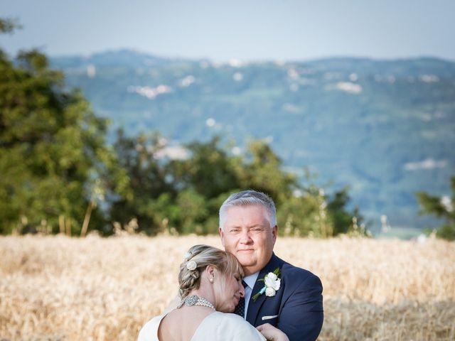 Il matrimonio di Franco e Lisa a Niella Tanaro, Cuneo 7