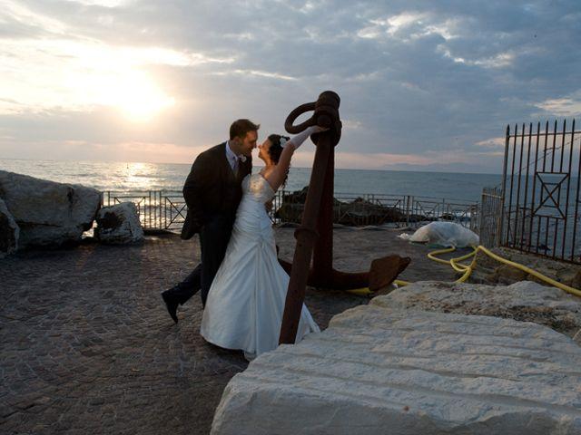 Il matrimonio di Elena e Enzo a Napoli, Napoli 13
