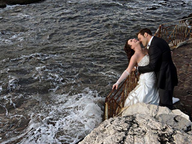 Il matrimonio di Elena e Enzo a Napoli, Napoli 15