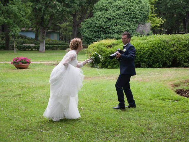 Il matrimonio di Claudio e Biagina a San Vincenzo, Livorno 10