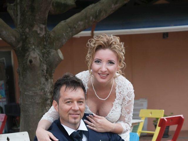 Il matrimonio di Claudio e Biagina a San Vincenzo, Livorno 21