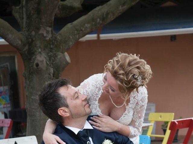 Il matrimonio di Claudio e Biagina a San Vincenzo, Livorno 22