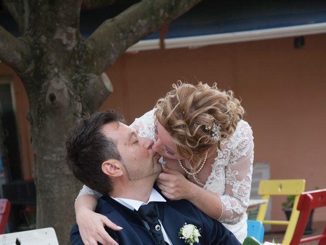 Il matrimonio di Claudio e Biagina a San Vincenzo, Livorno 23