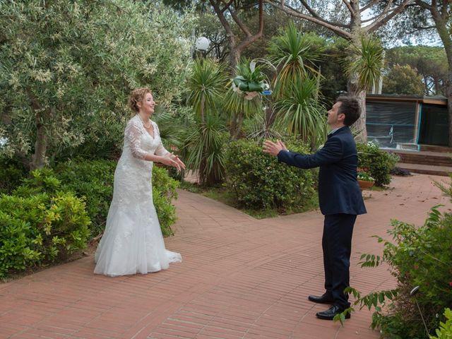 Il matrimonio di Claudio e Biagina a San Vincenzo, Livorno 28