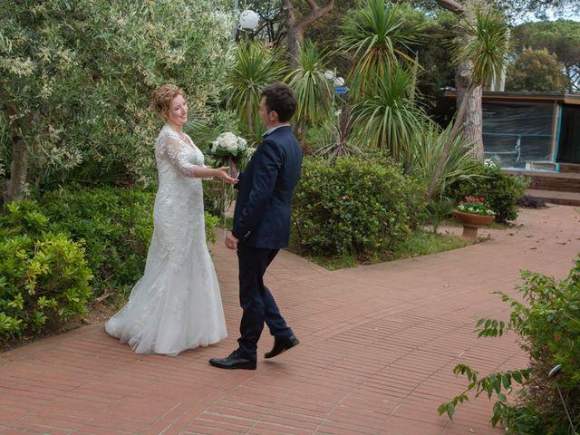 Il matrimonio di Claudio e Biagina a San Vincenzo, Livorno 29