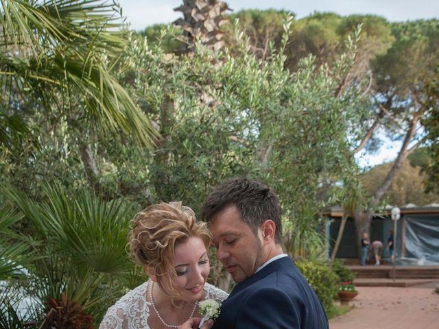 Il matrimonio di Claudio e Biagina a San Vincenzo, Livorno 32