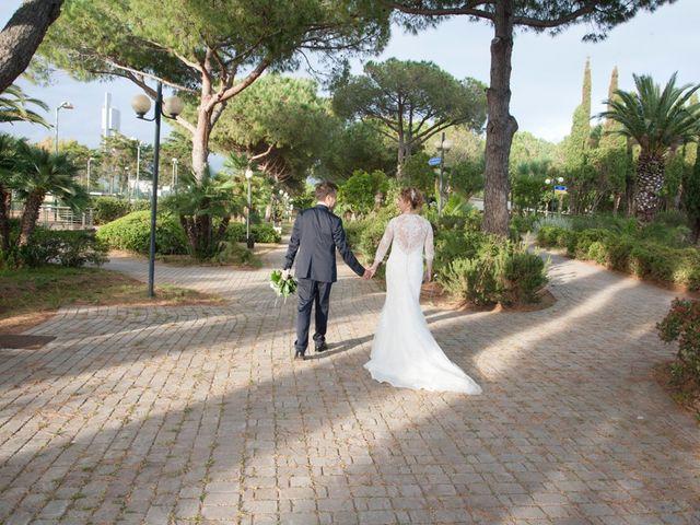 Il matrimonio di Claudio e Biagina a San Vincenzo, Livorno 35