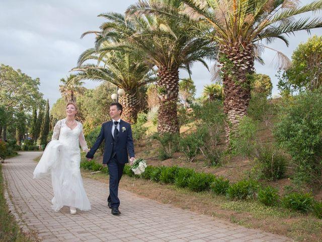 Il matrimonio di Claudio e Biagina a San Vincenzo, Livorno 38