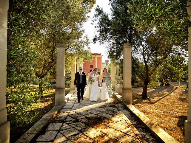 Il matrimonio di Lorenzo e Tiziana a Carpignano Salentino, Lecce 17
