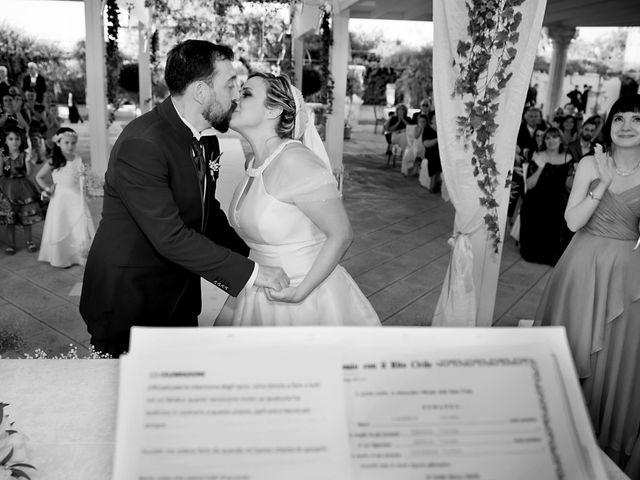Il matrimonio di Lorenzo e Tiziana a Carpignano Salentino, Lecce 31