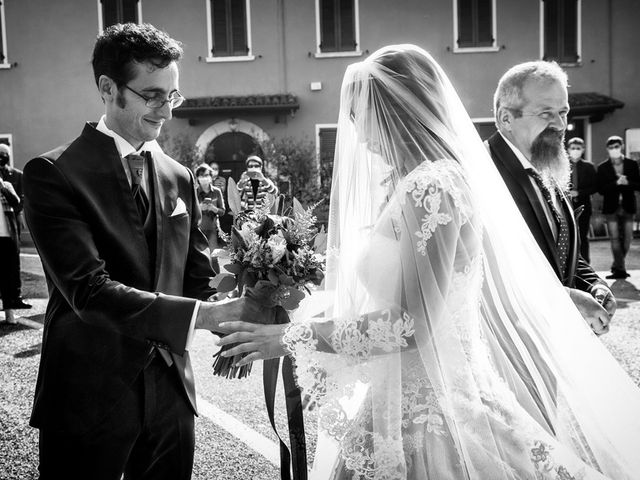 Il matrimonio di Luca e Gessica a Bedizzole, Brescia 30