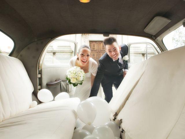 Il matrimonio di Mirko e Romina a Inverigo, Como 17