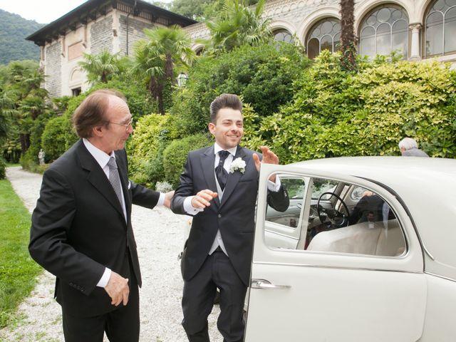 Il matrimonio di Mirko e Romina a Inverigo, Como 28
