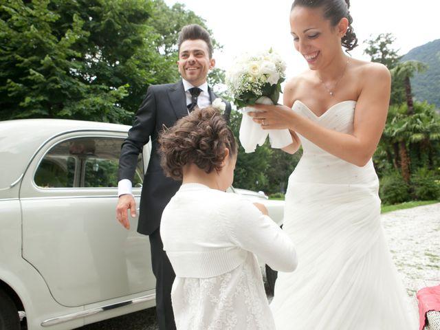 Il matrimonio di Mirko e Romina a Inverigo, Como 29