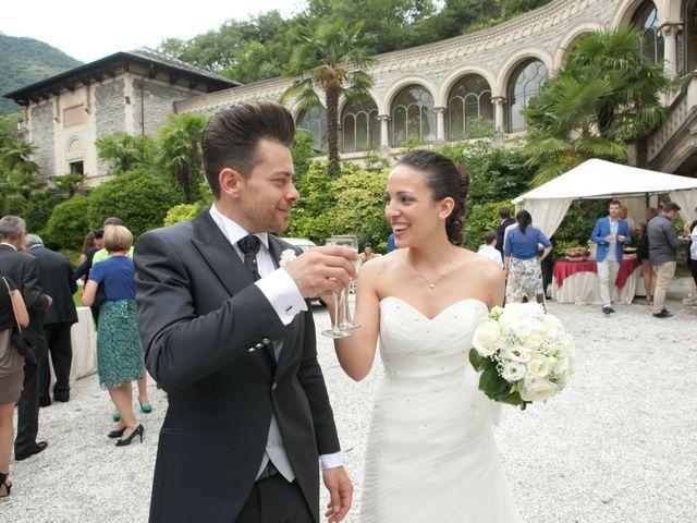 Il matrimonio di Mirko e Romina a Inverigo, Como 30