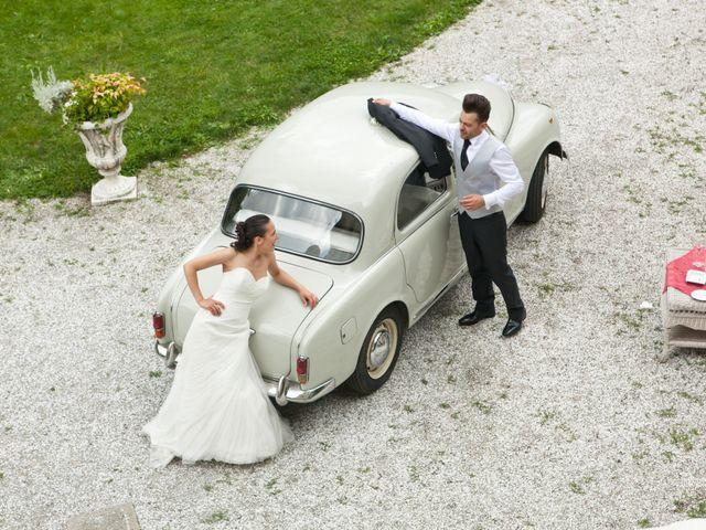 Il matrimonio di Mirko e Romina a Inverigo, Como 34