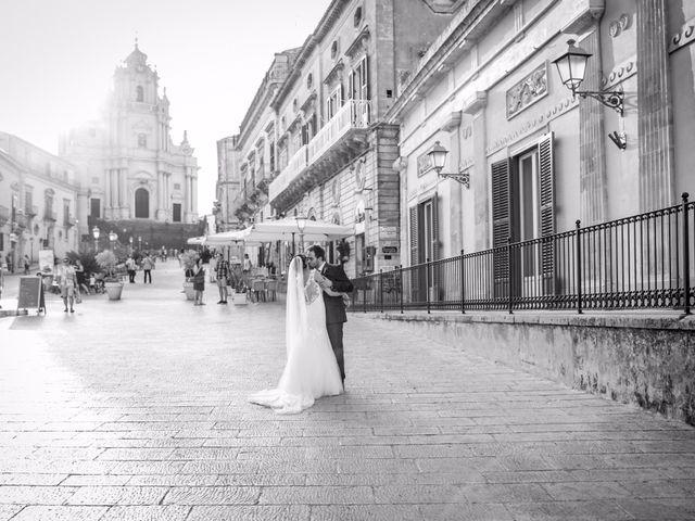 Il matrimonio di Salvo e Giusy a Ragusa, Ragusa 17