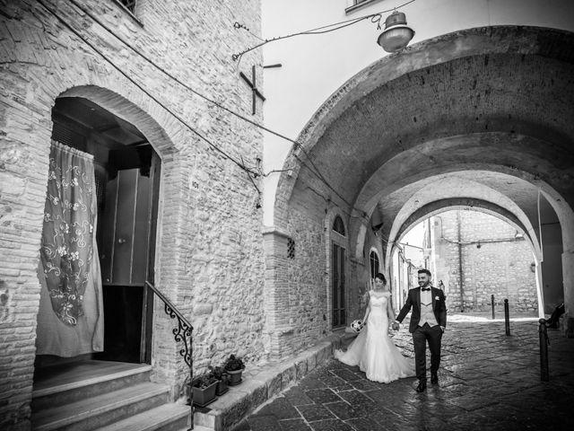 Il matrimonio di Roberto e Lucia a Troia, Foggia 21