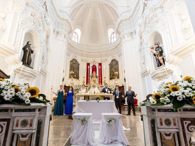 Il matrimonio di Roberto e Lucia a Troia, Foggia 13