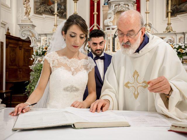 Il matrimonio di Roberto e Lucia a Troia, Foggia 46