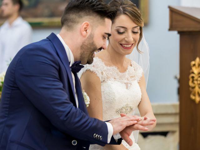 Il matrimonio di Roberto e Lucia a Troia, Foggia 57