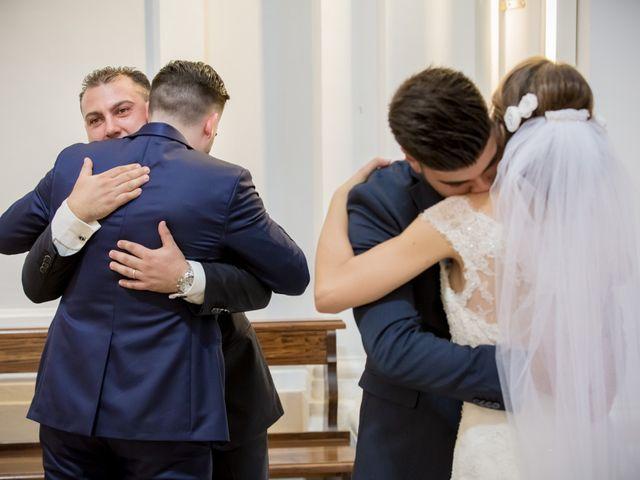 Il matrimonio di Roberto e Lucia a Troia, Foggia 15