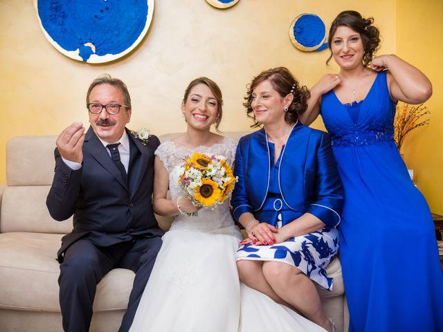 Il matrimonio di Roberto e Lucia a Troia, Foggia 79