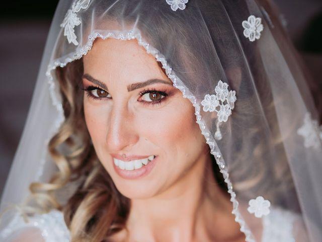 Il matrimonio di Angela e Antonio a Pozzuoli, Napoli 20