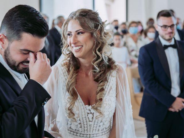 Il matrimonio di Angela e Antonio a Pozzuoli, Napoli 26