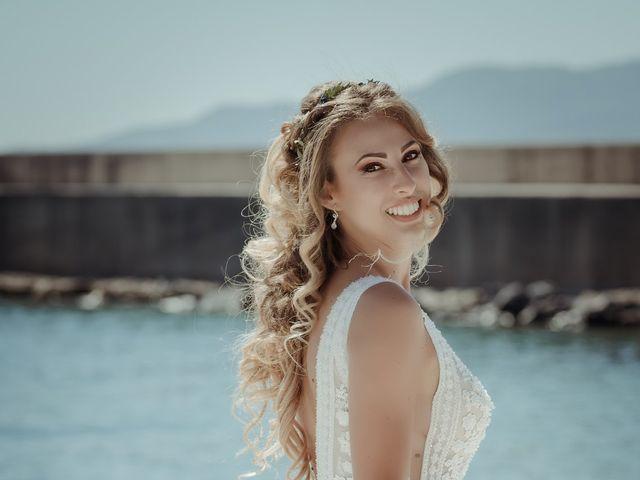 Il matrimonio di Angela e Antonio a Pozzuoli, Napoli 30