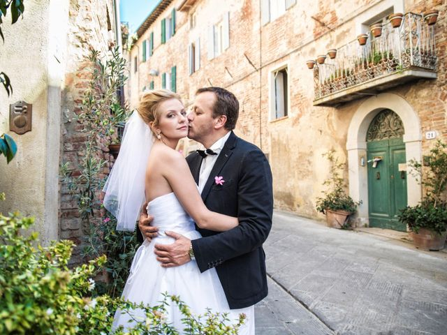 Il matrimonio di Massimo e Olga a Città della Pieve, Perugia 16