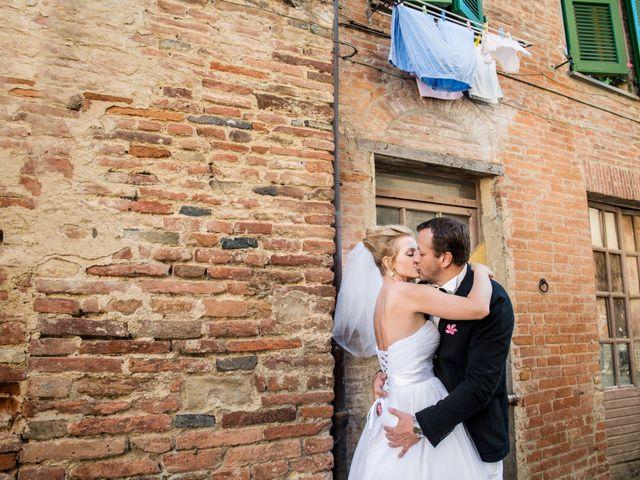 Il matrimonio di Massimo e Olga a Città della Pieve, Perugia 21