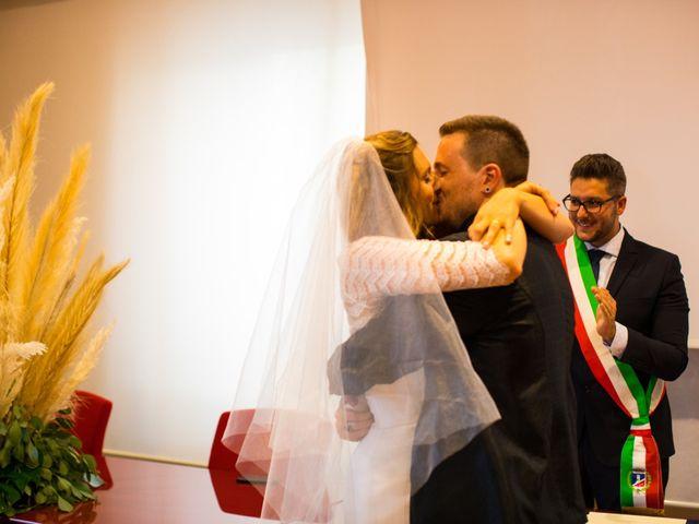 Il matrimonio di Emanuele e Teresa a San Vincenzo, Livorno 6